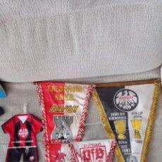 Coleccionismo deportivo: LOTE BANDERINES FÚTBOL ALEMÁN AÑOS 80. Lote 294059578