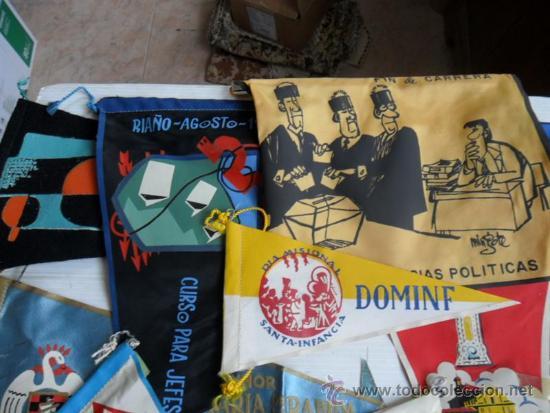 Coleccionismo deportivo: 16 banderines de los años 50 y 60 de huelva y varios - Foto 2 - 37769920