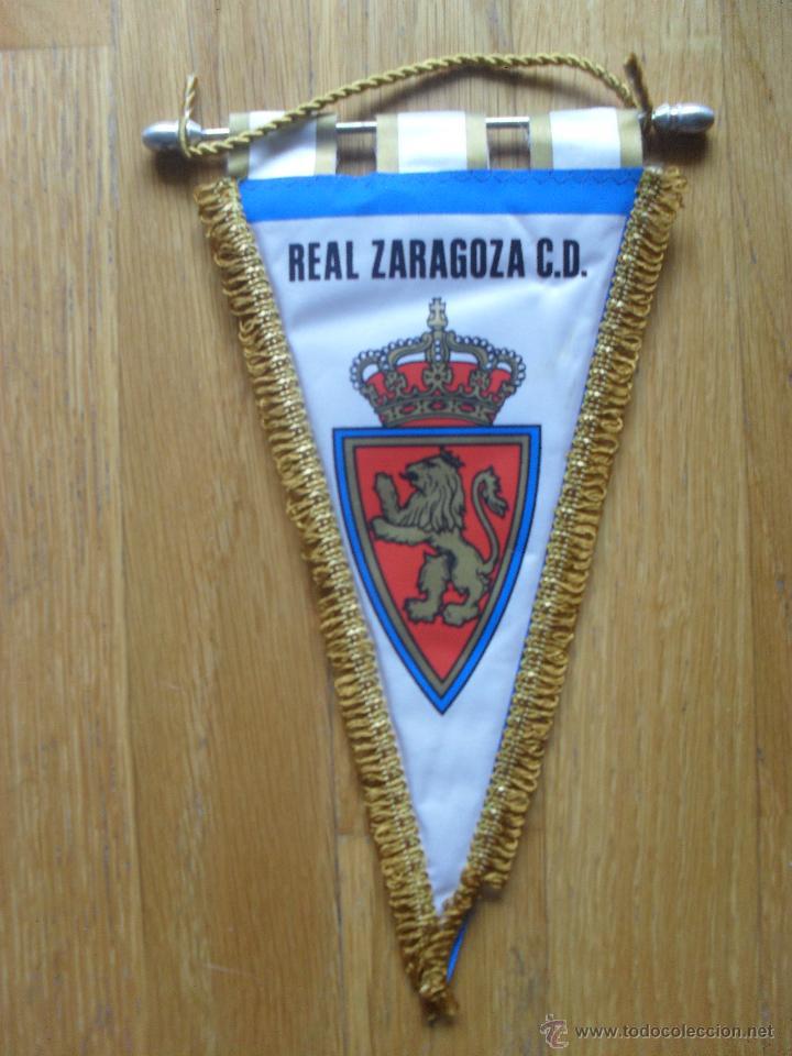 ANTIGUO BANDERIN REAL ZARAGOZA, ACOLCHADO (Coleccionismo Deportivo - Banderas y Banderines otros Deportes)