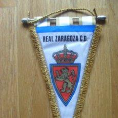 Coleccionismo deportivo: ANTIGUO BANDERIN REAL ZARAGOZA, ACOLCHADO. Lote 42629219