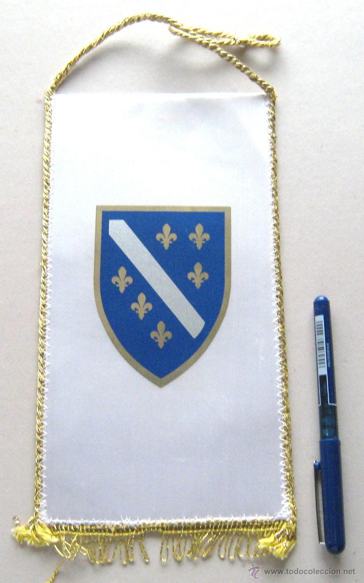 BANDERIN PENNANT COMITE OLIMPCIO BOSNIA I HERZEGOVINA 26 X 13 CM BUEN ESTADO (Coleccionismo Deportivo - Banderas y Banderines otros Deportes)