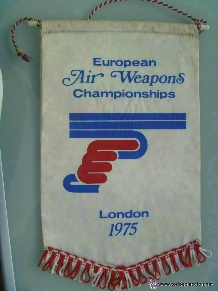 BANDERIN : CAMPEONATOS EUROPEOS DE TIRO , LONDRES , 1975 .. (Coleccionismo Deportivo - Banderas y Banderines otros Deportes)