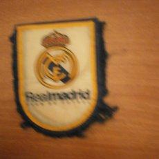 Coleccionismo deportivo: BANDERIN. REAL MADRID CLUB DE FUTBOL. Lote 56559616