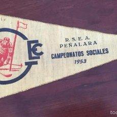 Coleccionismo deportivo: BANDERIN DE LOS CAMPEONATOS SOCIALES DE ESQUI DE 1953, PEÑALARA, GUADARRAMA, CENTURIA MONTAÑEROS, MI. Lote 56910102
