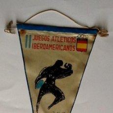 Coleccionismo deportivo: BANDERIN JUEGOS ATLETICOS IBEROAMERICANOS. 1962 MADRID... ENVIO INCLUIDO EN EL PRECIO.. Lote 57133099
