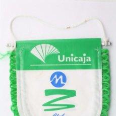 Coleccionismo deportivo: BANDERÍN DEL CLUB DE BALONCESTO MÁLAGA / UNICAJA - BASKET / BALONCESTO - MEDIDAS 15 X 13,5 CM. Lote 57488003