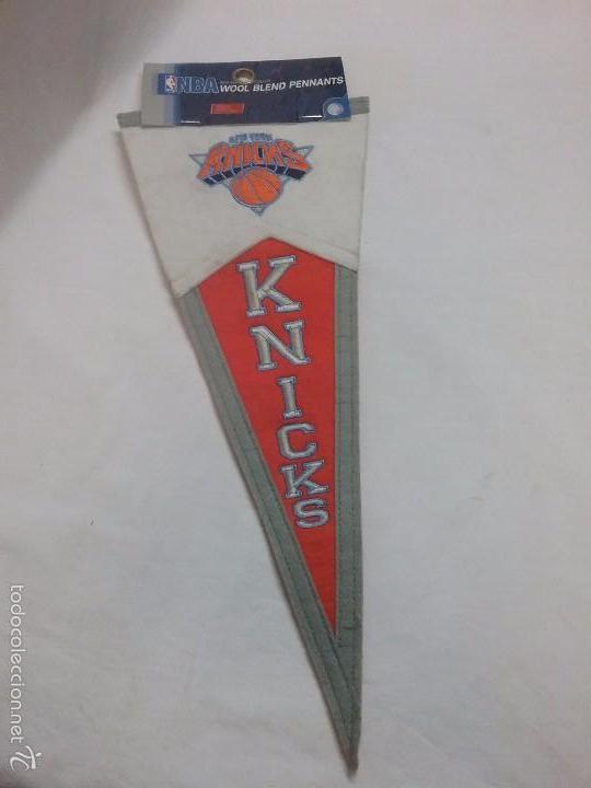BANDERÍN NBA NEW YORK KNICKS - PRODUCTO OFICIAL (Coleccionismo Deportivo - Banderas y Banderines otros Deportes)