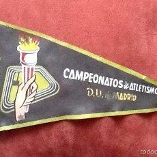 Coleccionismo deportivo: BANDERIN. CAMPEONATOS DE ATLETISMO DE MADRID, 1958. ENVIO INCLUIDO EN EL PRECIO.. Lote 57546675