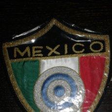 Coleccionismo deportivo: PARCHE DE ALGUNA COMPETICION DE TIRO AL PLATO EN MEXICO? BORDADO . Lote 63140946