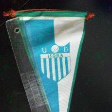Coleccionismo deportivo: BANDERIN DE LA UNION DEPORTIVA ISORA . AÑOS 50 .... 14 X 27 CM. Lote 68793549