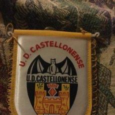Coleccionismo deportivo: U.D.CASTELLONENSE . BANDERIN PARA COCHE . NUEVO. Lote 74996931