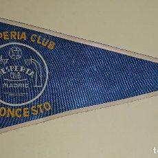 Coleccionismo deportivo: BANDERÍN DE DEPORTES. AÑOS 50 60. HESPERIA CLUB BALONCESTO MADRID. 21 CM. Lote 77661977