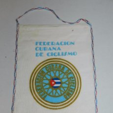Coleccionismo deportivo: (M) BANDERIN CICLISMO - FEDERACION CUBANA DE CICLISMO . Lote 90409204