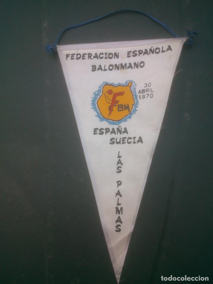 BANDERIN FEDERACION ESPAÑOLA DE BALONMANO.AÑO1970 (Coleccionismo Deportivo - Banderas y Banderines otros Deportes)