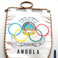 Coleccionismo deportivo: BANDERIN PENNANT COMITE OLIMPICO ANGOLANO BARCELONA 1992 ANGOLA OFICIAL 36 X 24. Lote 116070115