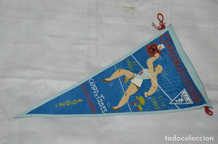VINTAGE - ANTIGUO BANDERÍN DEPORTIVO - CAMPEONATO ESPAÑA CAMPO A TRAVES - 1962 - JOYA - HAZ OFERTA (Coleccionismo Deportivo - Banderas y Banderines otros Deportes)