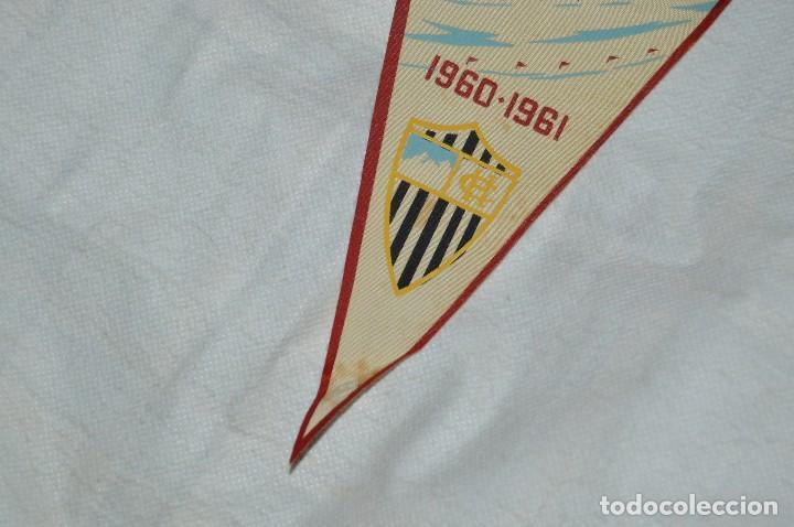 Coleccionismo deportivo: VINTAGE - ANTIGUO BANDERÍN DEPORTIVO - HISPANO CLUB - 1960 1961 - JOYA - HAZ OFERTA - Foto 4 - 118189599