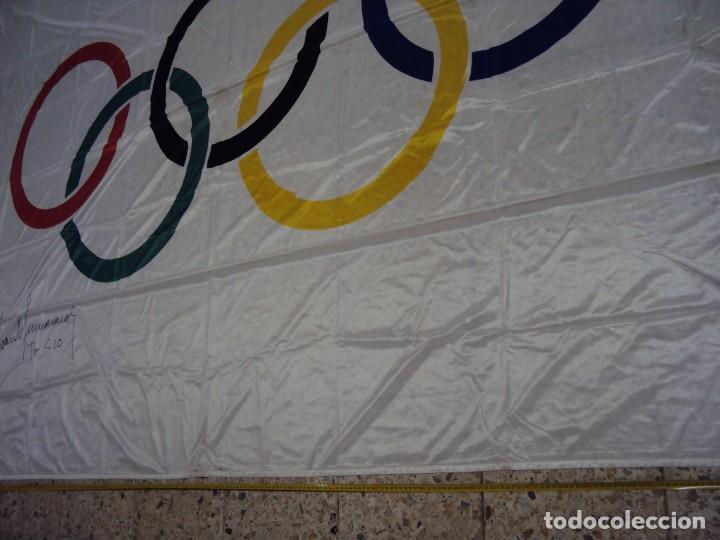 Coleccionismo deportivo: (F-180456)BANDERA OFICIAL OLIMPICA - BARCELONA 92 - FIRMADA POR D.JUAN ANTONIO SAMARANCH - - Foto 33 - 118251567