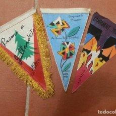 Coleccionismo deportivo: 3 BANDERINES CAMPAMENTOS Y DIFERENTES CENTROS EXCURSIONISTAS DEL AÑO 1961.. Lote 124409535