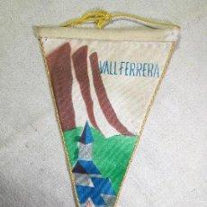 Coleccionismo deportivo: BANDERIN VALL FERRERA AREU AÑOS 60 CENTRE EXCURSIONISTA DE CATALUNYA. Lote 133567482