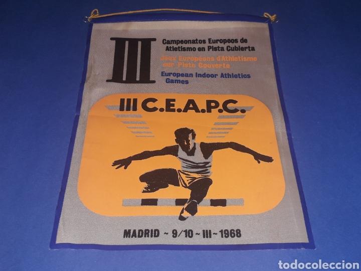 BANDERÍN TELA, III CAMPEONATOS EUROPEOS ATLETISMO PISTA CUBIERTA, MADRID 9 Y 10 MARZO 1968. (Coleccionismo Deportivo - Banderas y Banderines otros Deportes)