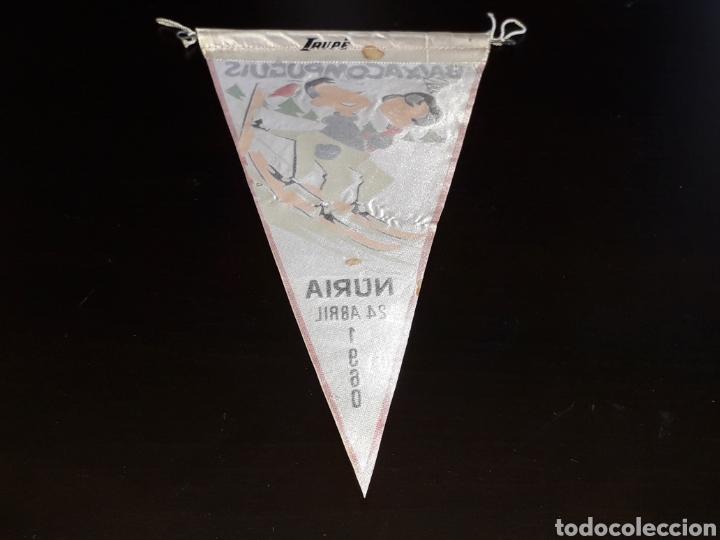Coleccionismo deportivo: Banderín tela, Esqui III Trofeo Baixa Com Puguis. Nuria, O. Sindical Educación y Descanso, 25-4-1960 - Foto 2 - 134449142