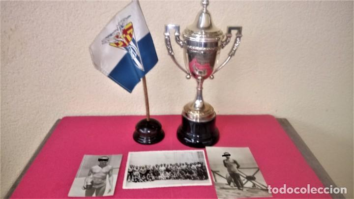 CLUB NATACION BARCELONA,AÑO 1945 TROFEO DE FRONTON,BANDERIN SOBRE MESA Y 3 FOTOGRAFIAS,BARCELONETA (Coleccionismo Deportivo - Banderas y Banderines otros Deportes)