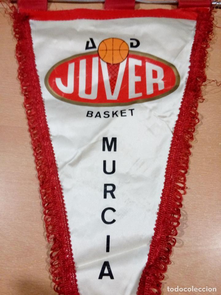 Coleccionismo deportivo: Antiguo banderín Juver Murcia actual ucam murcia - Foto 2 - 145221230