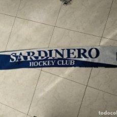 Coleccionismo deportivo: BUFANDA SARDINERO HOCKEY CLUB VAMOS SARDI. Lote 149799714