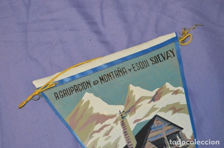 Coleccionismo deportivo: Vintage - ANTIGUO BANDERÍN - AGRUPACIÓN DE MONTAÑA Y ESQUI SOLVAY - 1961 - ANTIGUO - ENVÍO 24H - Foto 2 - 150160218
