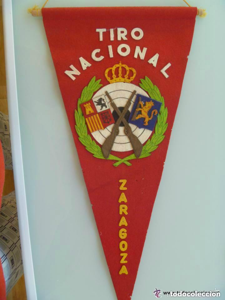 BANDERIN DE TIRO NACIONAL , ZARAGOZA . AÑOS 60 (Coleccionismo Deportivo - Banderas y Banderines otros Deportes)