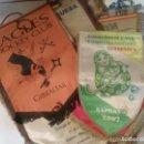Coleccionismo deportivo: COLECCIÓN DE 13 BONITOS BANDERINES RELACIONADOS CON EL HOCKEY, 2 DE ELLOS CON FIRMAS.. Lote 154009766