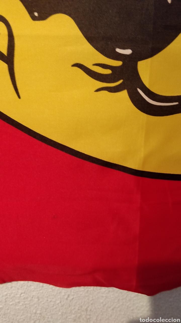Coleccionismo deportivo: Bandera Ferrari merchandising oficial - Foto 3 - 157876940