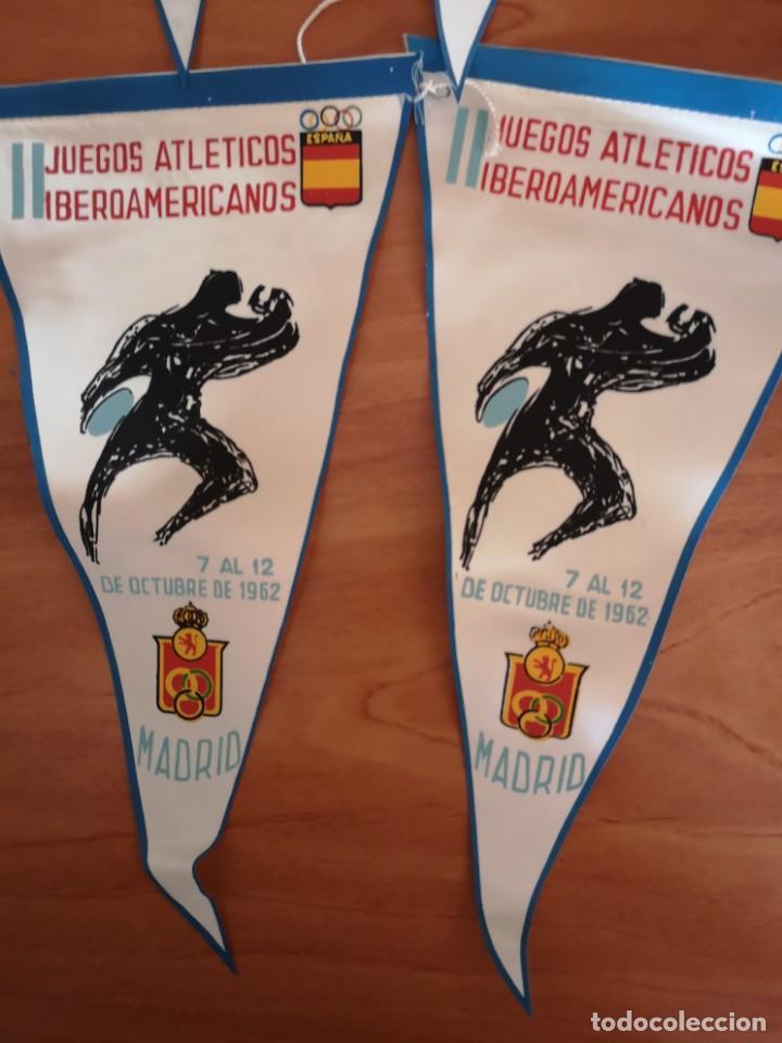 Coleccionismo deportivo: Banderin juegos atléticos iberoamericanos 1962 - Foto 2 - 165842702