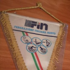 Coleccionismo deportivo: BANDERIN FEDERACIÓN ITALIANA DE NATACION. Lote 169226984