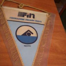 Coleccionismo deportivo: BANDERIN FEDERACIÓN ITALIANA DE NATACIÓN . Lote 169227436