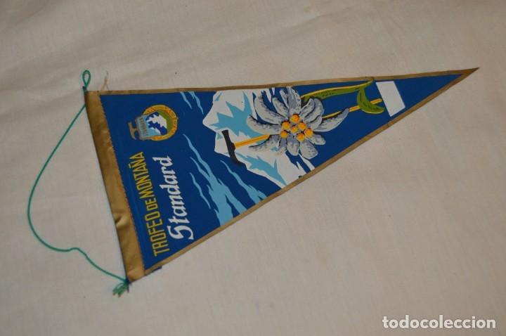 VINTAGE - ANTIGUO BANDERÍN - TROFEO DE MONTAÑA STANDARD - AÑOS 60 - ¡MIRA FOTOS Y DETALLES! (Coleccionismo Deportivo - Banderas y Banderines otros Deportes)