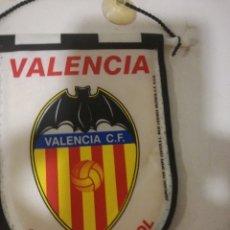 Coleccionismo deportivo: VALENCIA CF SMALL PENNANT BANDERIN SCARF BUFANDA FOOTBALL FUTBOL SCIARPA. Lote 178258702