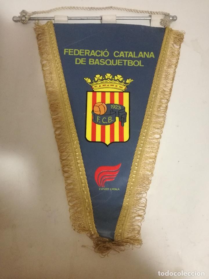 CATALUNYA FEDERACION BASKET BASQUET PENNANT BANDERIN SCARF FUTBOL FOOTBALL BANDERA FLAG (Coleccionismo Deportivo - Banderas y Banderines otros Deportes)