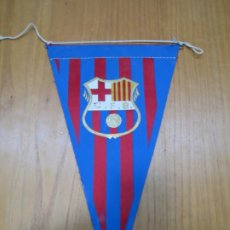 Coleccionismo deportivo: ANTIGUO BANDERÍN BARCELONA CF. Lote 194152812