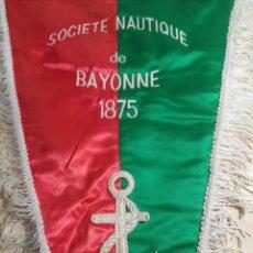Coleccionismo deportivo: BANDERIN - SOCIÉTÉ NAUTIQUE DE BAYONNE. Lote 194350292