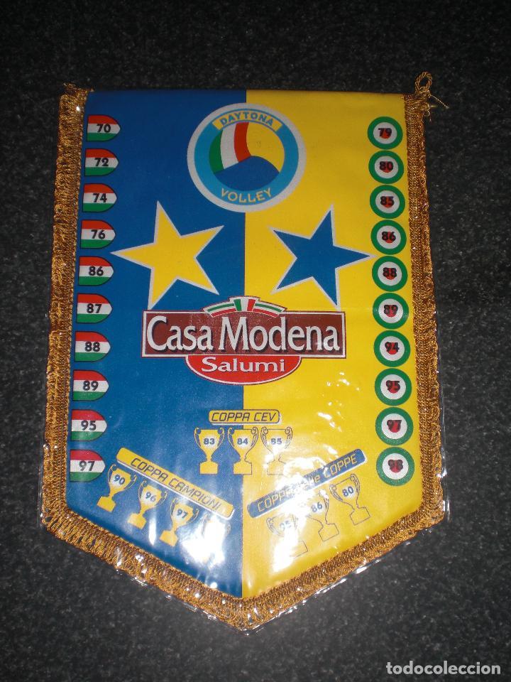 BANDERÍN DAYTONA MODENA VOLLEY ITALIA (Coleccionismo Deportivo - Banderas y Banderines otros Deportes)