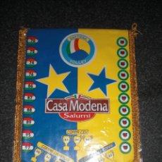 Coleccionismo deportivo: BANDERÍN DAYTONA MODENA VOLLEY ITALIA. Lote 196786325
