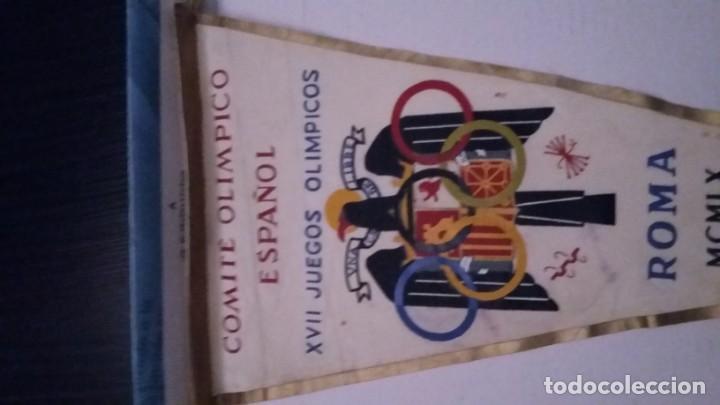 Coleccionismo deportivo: BANDERIN DEL COMITÉ OLIMPICO ESPAÑOL.XIII JUEGOS OLÍMPICOS.ROMA MCMLX - Foto 2 - 208145685