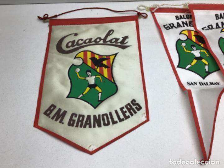 Coleccionismo deportivo: LOTE ANTIGUOS BANDERINES BALONMANO GRANOLLERS - CACAOLAT - SAN DALMAY - Foto 2 - 216581270