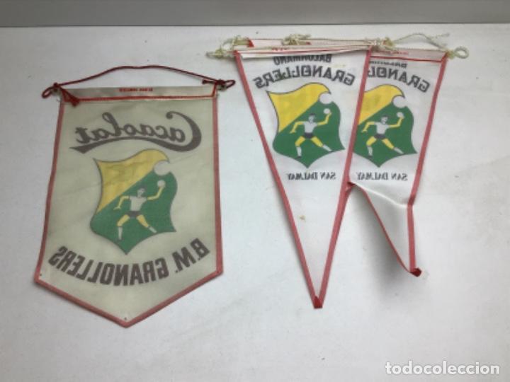 Coleccionismo deportivo: LOTE ANTIGUOS BANDERINES BALONMANO GRANOLLERS - CACAOLAT - SAN DALMAY - Foto 4 - 216581270
