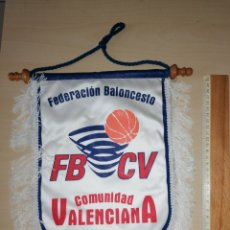Coleccionismo deportivo: ANTIGUO BANDERIN FEDERACIÓN BALONCESTO COMUNIDAD VALENCIANA. Lote 226017050