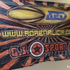 Coleccionismo deportivo: BANDERA PAINTBALL MARCA G.I. SPORTZ - ADRENALICIA. Lote 235288980