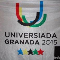 Coleccionismo deportivo: BANDERA UNIVERSIADA GRANADA 2015 (UNIVERSIDAD DE GRANADA). Lote 237003340