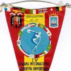Coleccionismo deportivo: BANDERIN RECUERDO IV SEMANA DEPORTIVA UNIVERSITARIA 1955 GUIPUZCOA. Lote 249285140